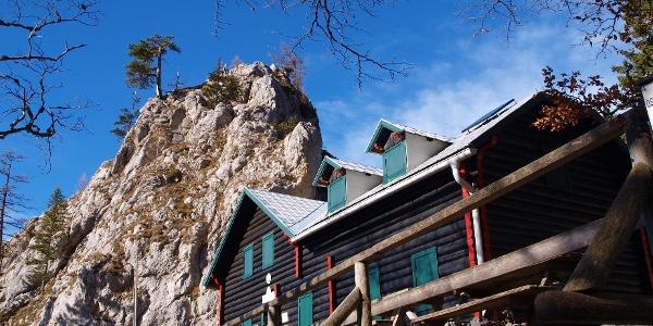 Kienthaler Hütte 2380 m mit Turmstein