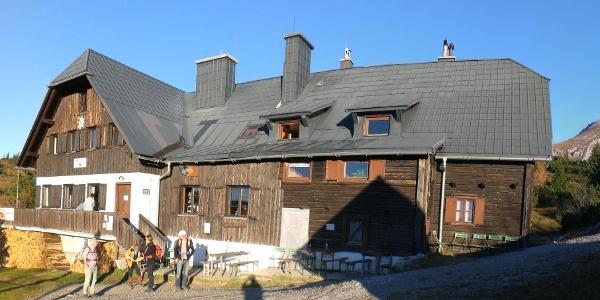 Panoramaansicht der Sonnschienhütte