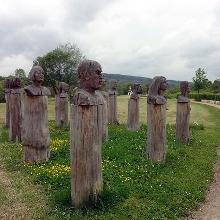 der Saargarten in Beckingen mit einer der zahlreichen Skulpturen