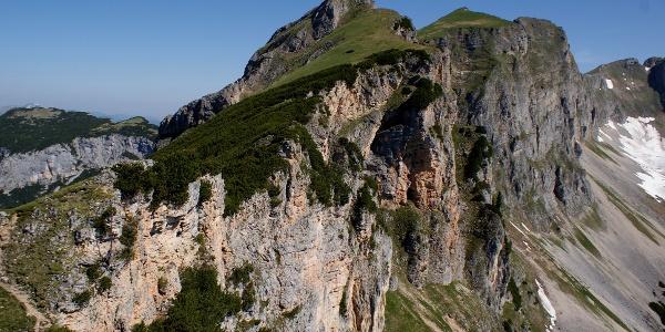 Blick von der Rotspitze zum Roßkopf