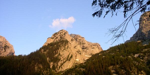 Erste Strahlen am Gamsspitz 2057 m