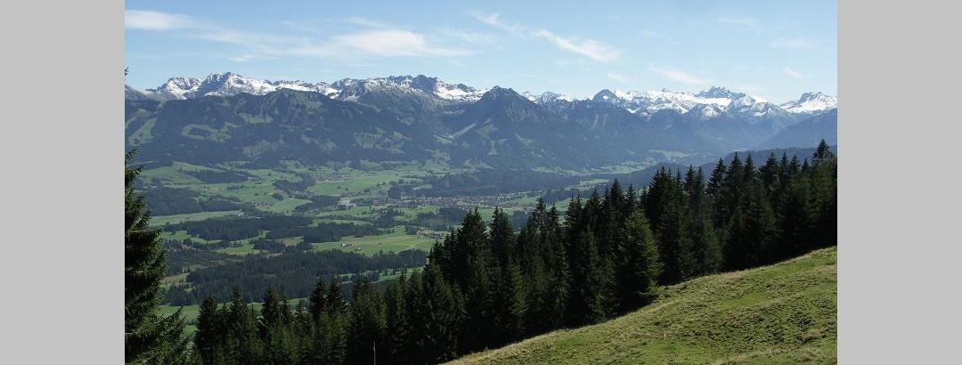 Views of the Allgäuer Hauptkamm