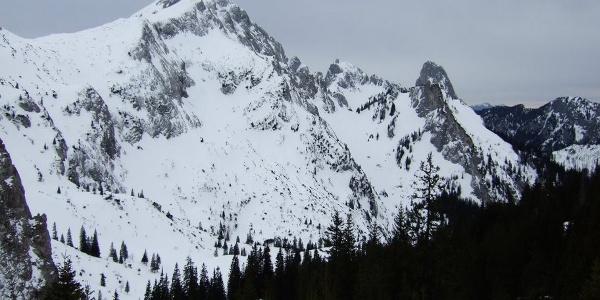 Ausblick beim Aufstieg zur Hochplatte.