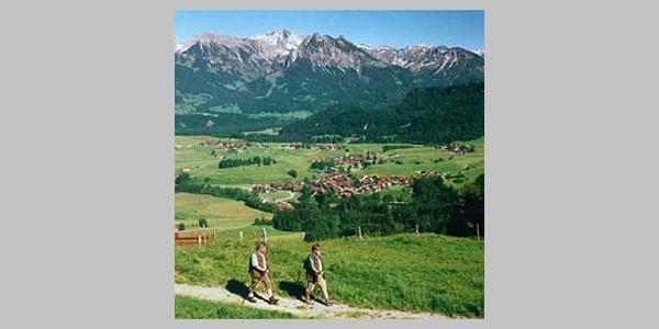 Auch auf dieser kurzen Strecke laufen wir durch eine herrliche Landschaft.