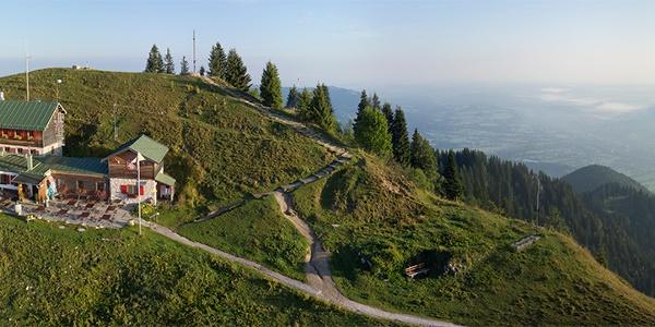 Brauneck-Gipfelhaus, Luftaufnahme Michael Naumann