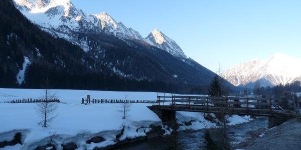 Ausgangspunkt ist die Brücke ca. 1 km nach St. Jakob im Pfitschertal