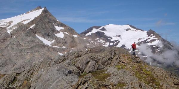 Sonnblick und Hocharn höchster Gipfel der Goldberg Gruppe