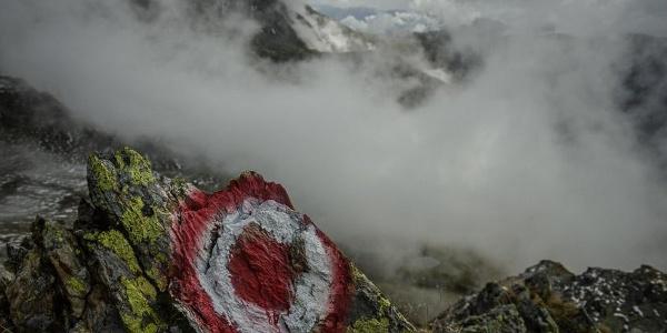 Wolkenspektakel auf dem Kamm unter dem Großen Grakofel.