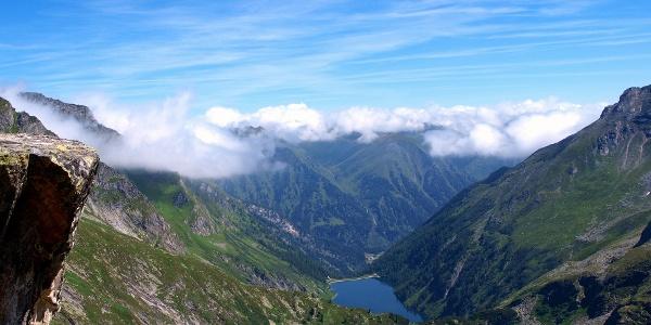 Rotgüldensee mit Silbereck rechts, beim Anstieg Hafner.