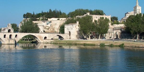 Die bekannteste Brücke Avignons, die Pont St. Bénézet.