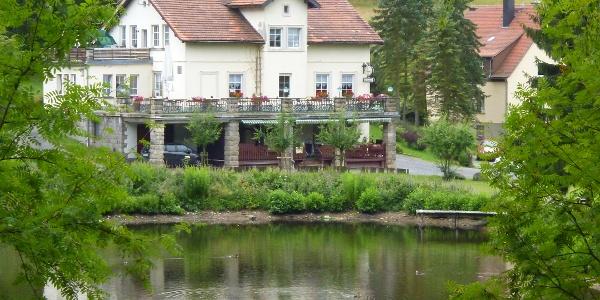 Gaststätte und Pension Forellenschenke