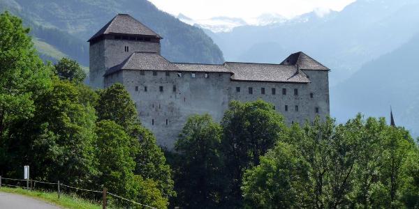 Start und Ziel: Burg Kaprun