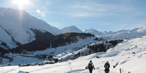 Im Hintergrund die Skipiste Milez-Dieni