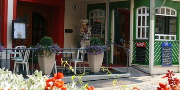 Aussenansicht Hotel-Restaurant Fischer***