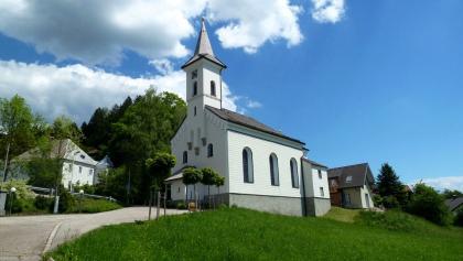Pfarrkirche und Pfarrhof in Friedburg