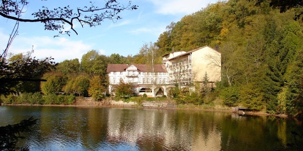Das ehemalige Kneipp-Kur-Hotel am Wiesenbeker Teich