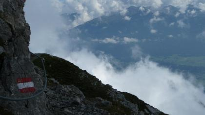Aussichtsreicher Wegabschnitt  am Goetheweg hoch über Innsbruck