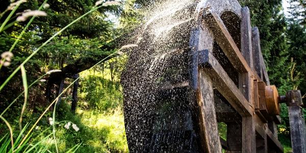 Historisches Wasserrad