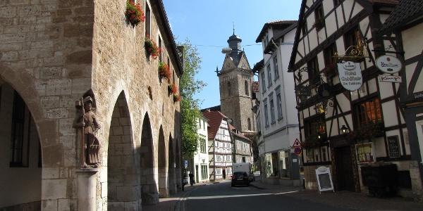 Rathaus mit Roland in Korbach