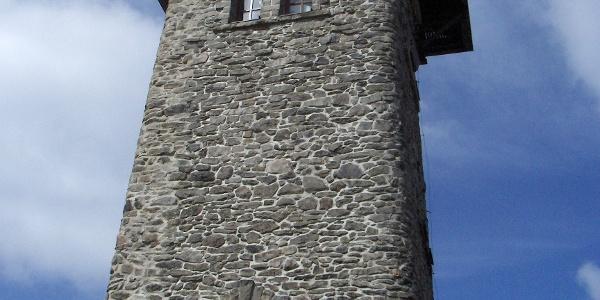 An dieser Stelle steht bereits seit 1905 ein Aussichtsturm.