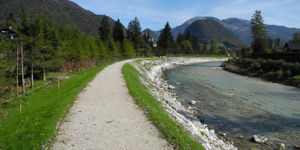Nach einer Dammsanierung im Herbst 2014 sieht der Weg bis Pfandl leider so aus.