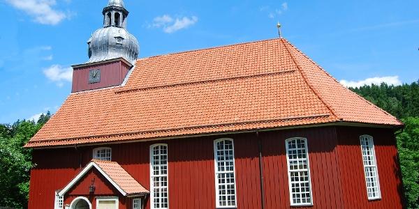 Die schöne Holzkirche St. Nicolai.