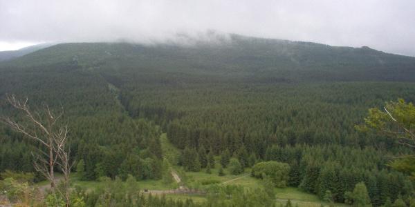 Blick vom Scharfenstein auf den Brocken