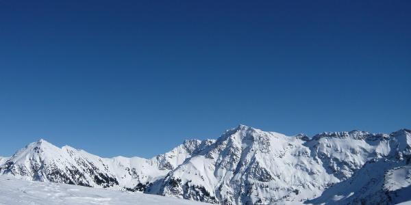 Der Große Daumen im Winter vom Schnippenkopf aus gesehen