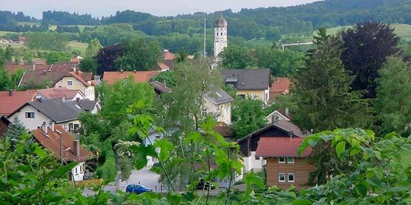 Vom Kloster Andechs aus haben wir einen wunderbar weiten Blick über die Landschaft.