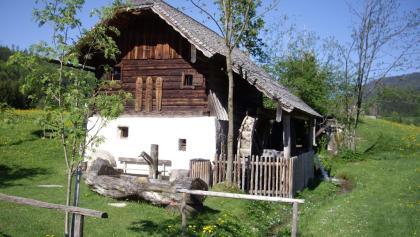 Die Waschlmühle ist die erste Station des Ebenauer Mühlenwanderwegs.