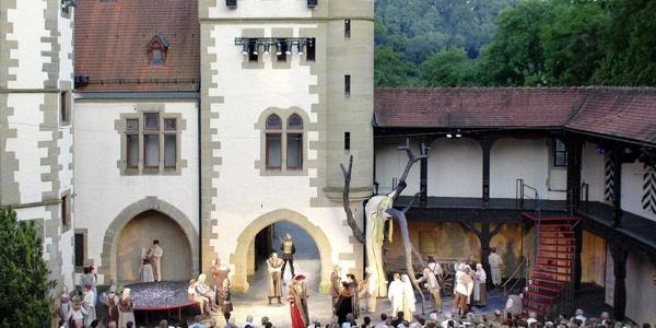 Burg und Bühne der Burgfestspiele Jagsthausen