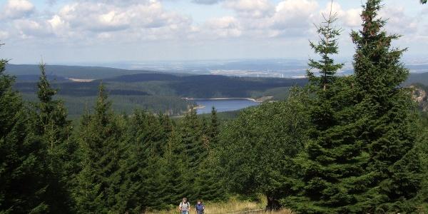 Aufstieg zum Brocken oberhalb der Hermannsklippe