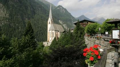 Blick auf die Kirche in Heiligenblut