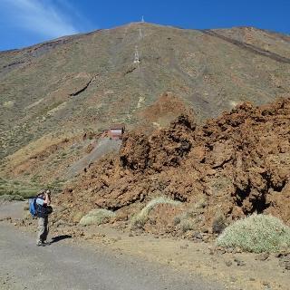 Wanderweg mit Blick zum Teide
