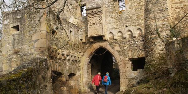 Obertor im Inneren von Schloss Dhaun
