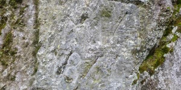 Jahreszahl im Felsen