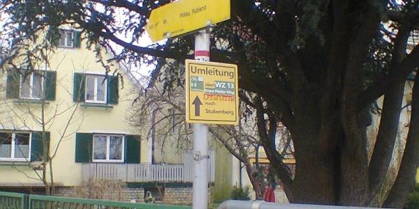 Umleitungstafel: Kreuzung Lebing Feuerwehrhaus