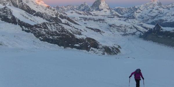 Morgenglühn über dem Matterhorn