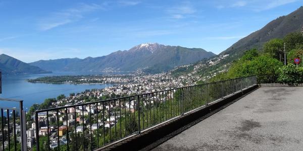 """0200 Panorama über Locarno, 46°11'00.0""""N 8°49'54.6""""E"""