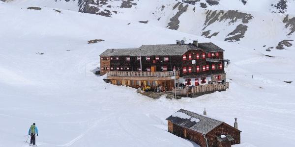 Vernagthütte: beliebter Skitouren-Stützpunkt
