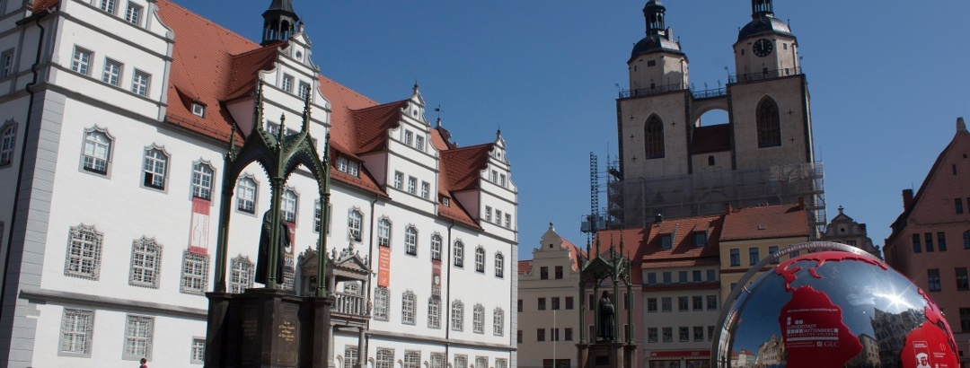 Marktplatz und Stadtkirche