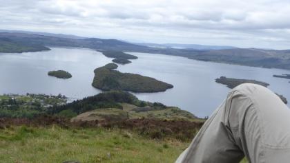 Klasse Blick vom Gipfel des Conic Hill auf den Loch Lomond