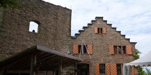 Biergarten der Burg Alt Eberstein