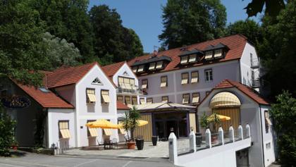 Schleifenroute Atrium Hotel in Passau Außenansicht