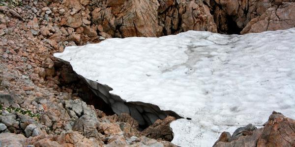 Schnee im August auf dem Scheibstein