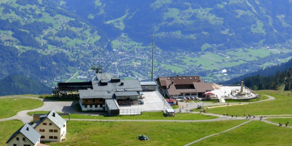Bergstation Grüneck mit Berghof Golm