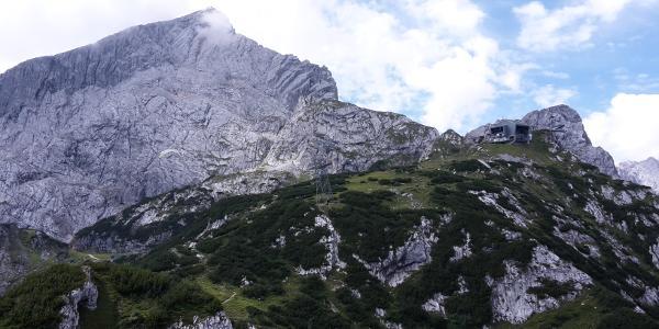 Blick auf Osterfelderkopf und Alpspitze