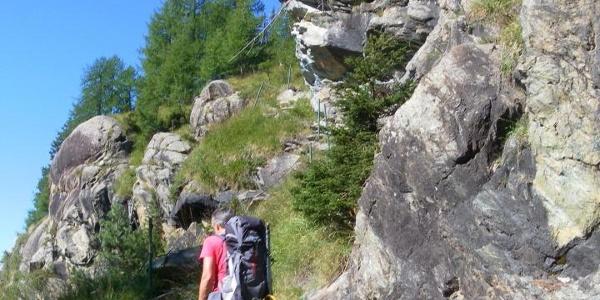 Querung des Sasso Moro bald nach der Staumauer des Lago Campo di Moro