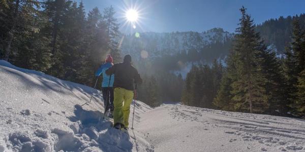 Schneeschuhwanderung von Unterammergau nach Oberammergau