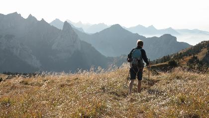 Wandern im Sonnenherbst am Feigenkopf